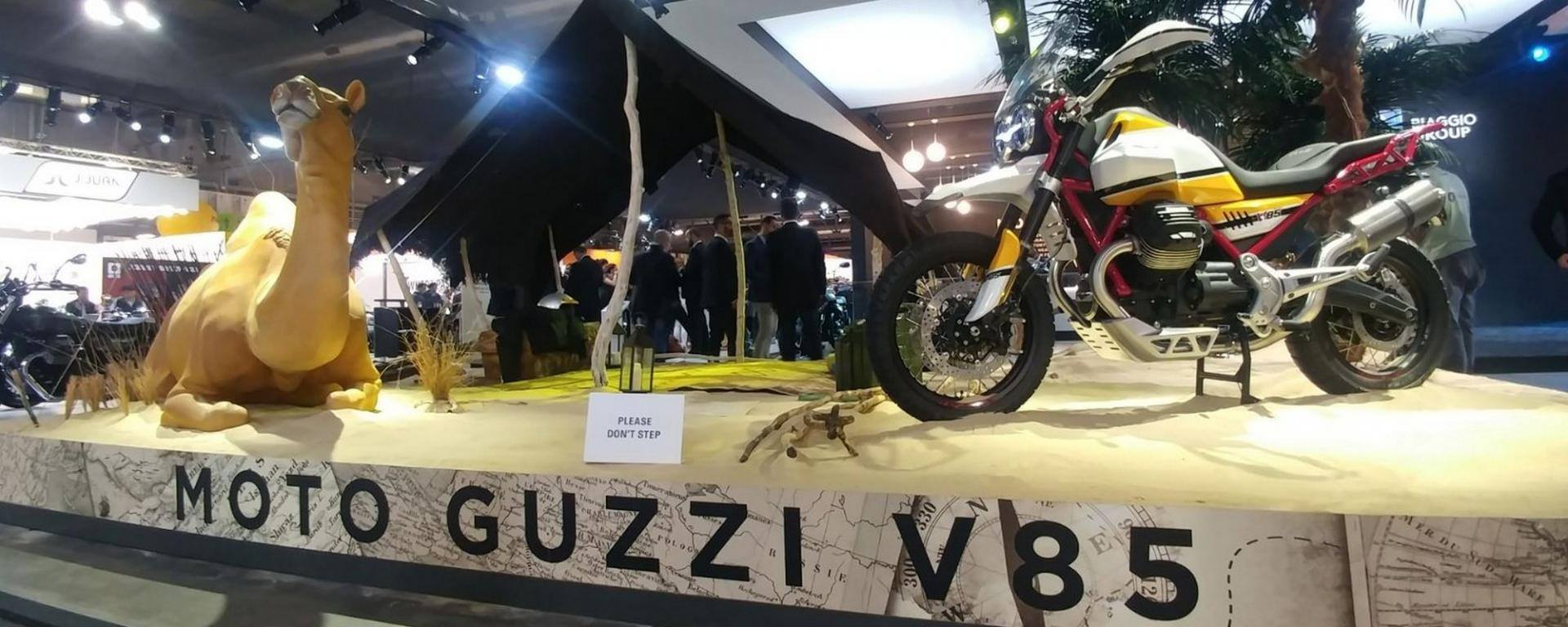 EICMA 2017, Milano, Fiera Internazionale del ciclo e motociclo. Allestimento tenda tuareg stand Moto Guzzi, ispirazione Parigi-Dakar.